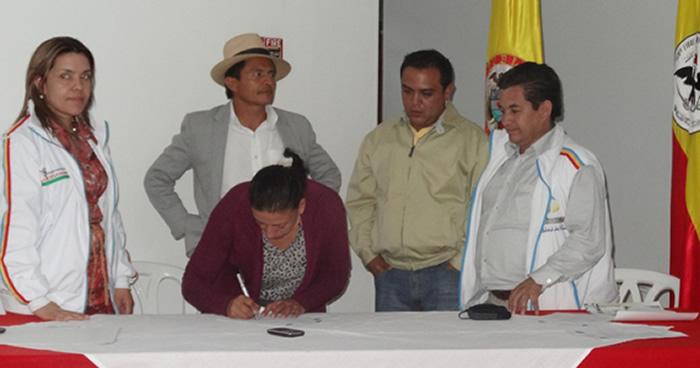"""Premiación a los proyectos productivos del concurso  """"Apoyo al Emprendimiento en el Municipio de Tenjo"""""""
