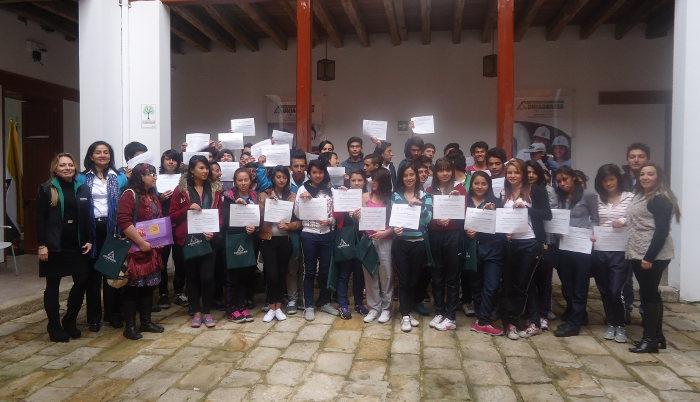Estudiantes del Colegio Huitaka