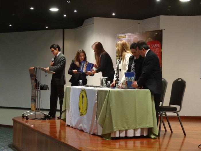 Egresada del Programa de Zootecnia recibe reconocimiento