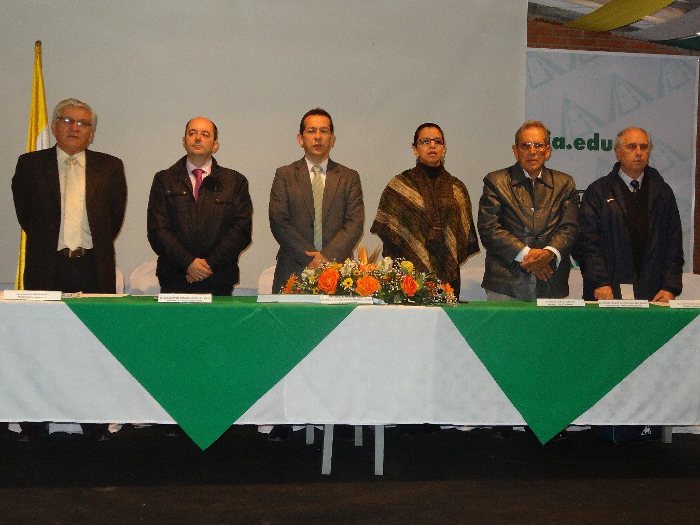 """Seminario Internacional """"Derecho Alimentario y Seguridad e Inocuidad de los Alimentos"""" convocó a destacados expositores"""