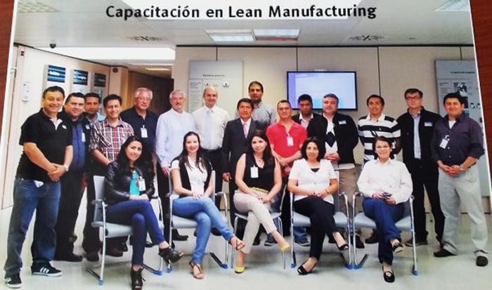 En la foto: Participantes latinoamericanos (Colombia, Chile, Perú) en Capacitación Lean Manufacturing. Barcelona España