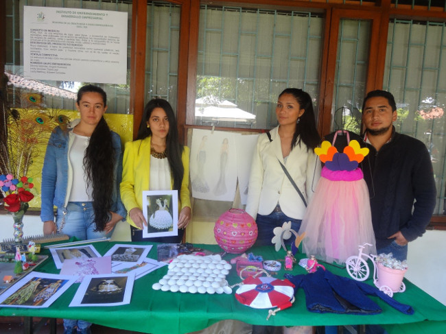 Con éxito se llevó a cabo la XXVIII  muestra de la Creatividad e Ideas Empresariales en UNIAGRARIA.