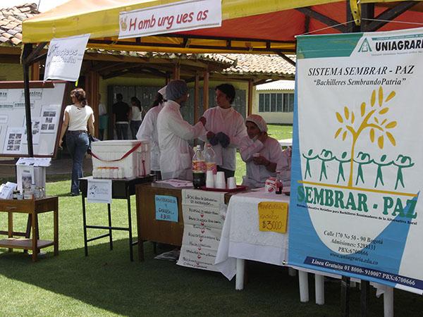 """""""Sembrar Paz"""" para mejorar el sector rural"""