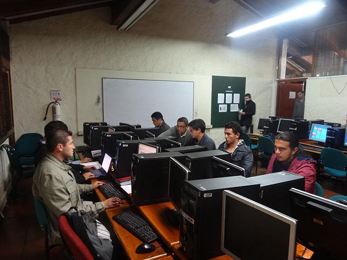La U Verde de Colombia se fortalece desde la virtualidad.