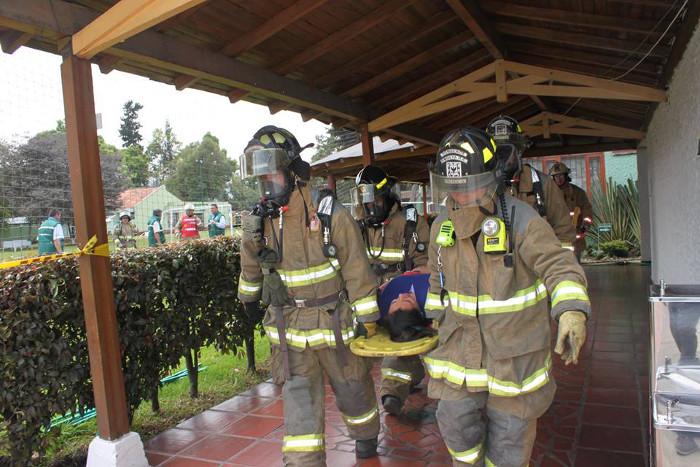 Hoy se realizó el primer simulacro por conato de incendio en la sede principal de UNIAGRARIA