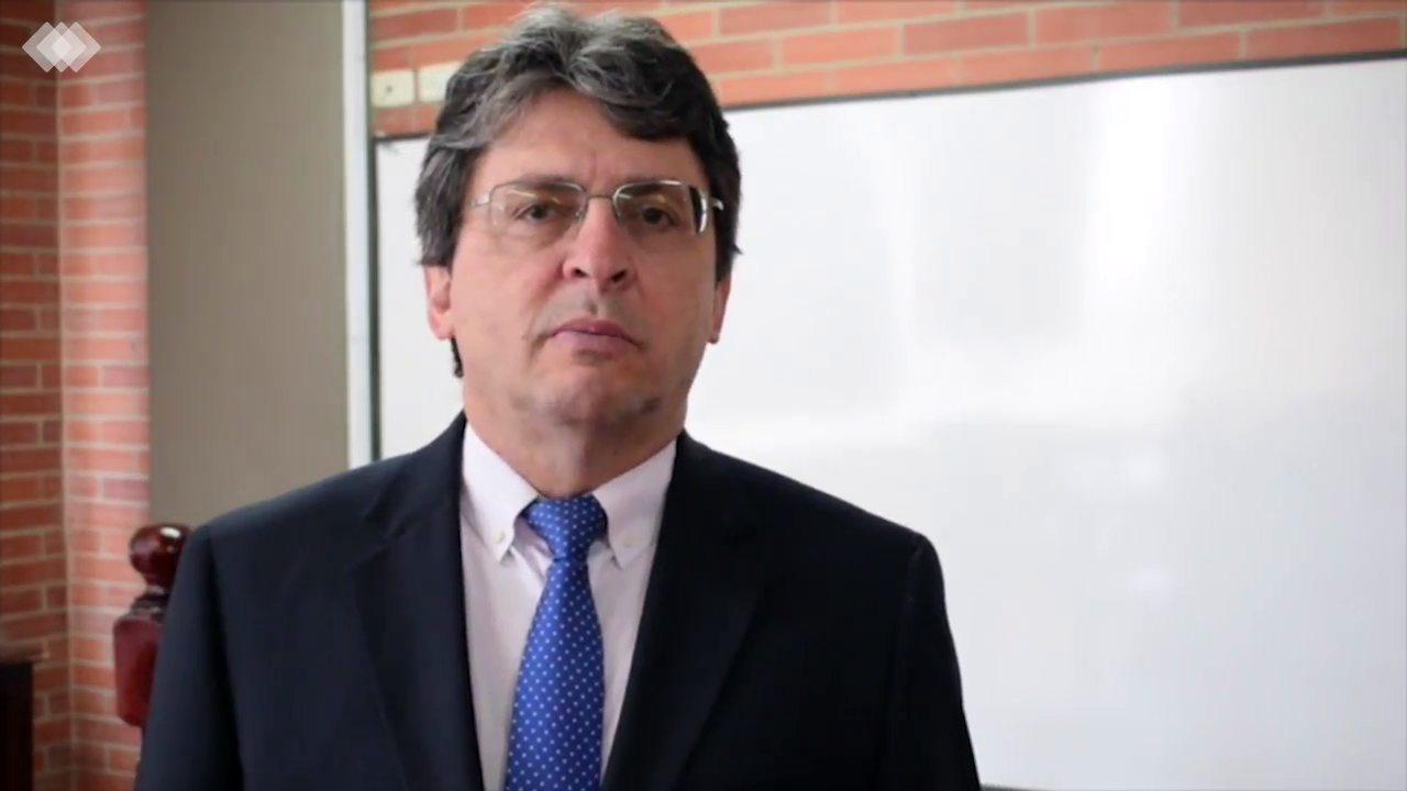 Fructífera visita de ponente internacional a la Facultad de Derecho