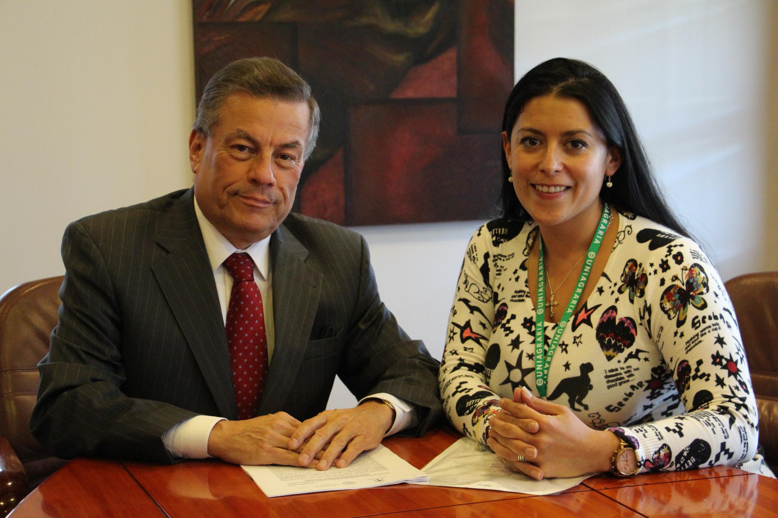 Celebramos importante convenio educativo en Xalapa, México