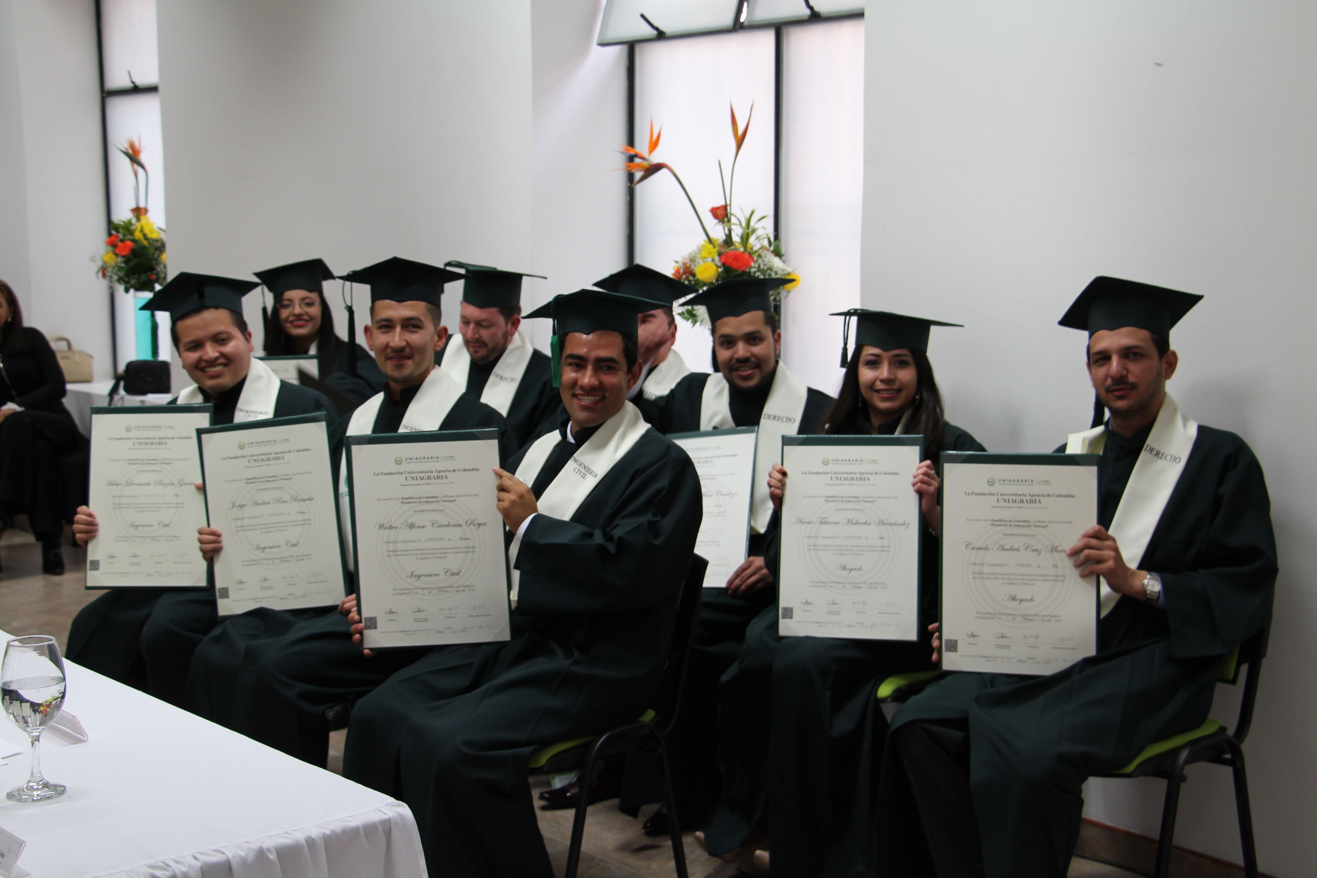 Emotiva ceremonia de grados en la sede Facatativá