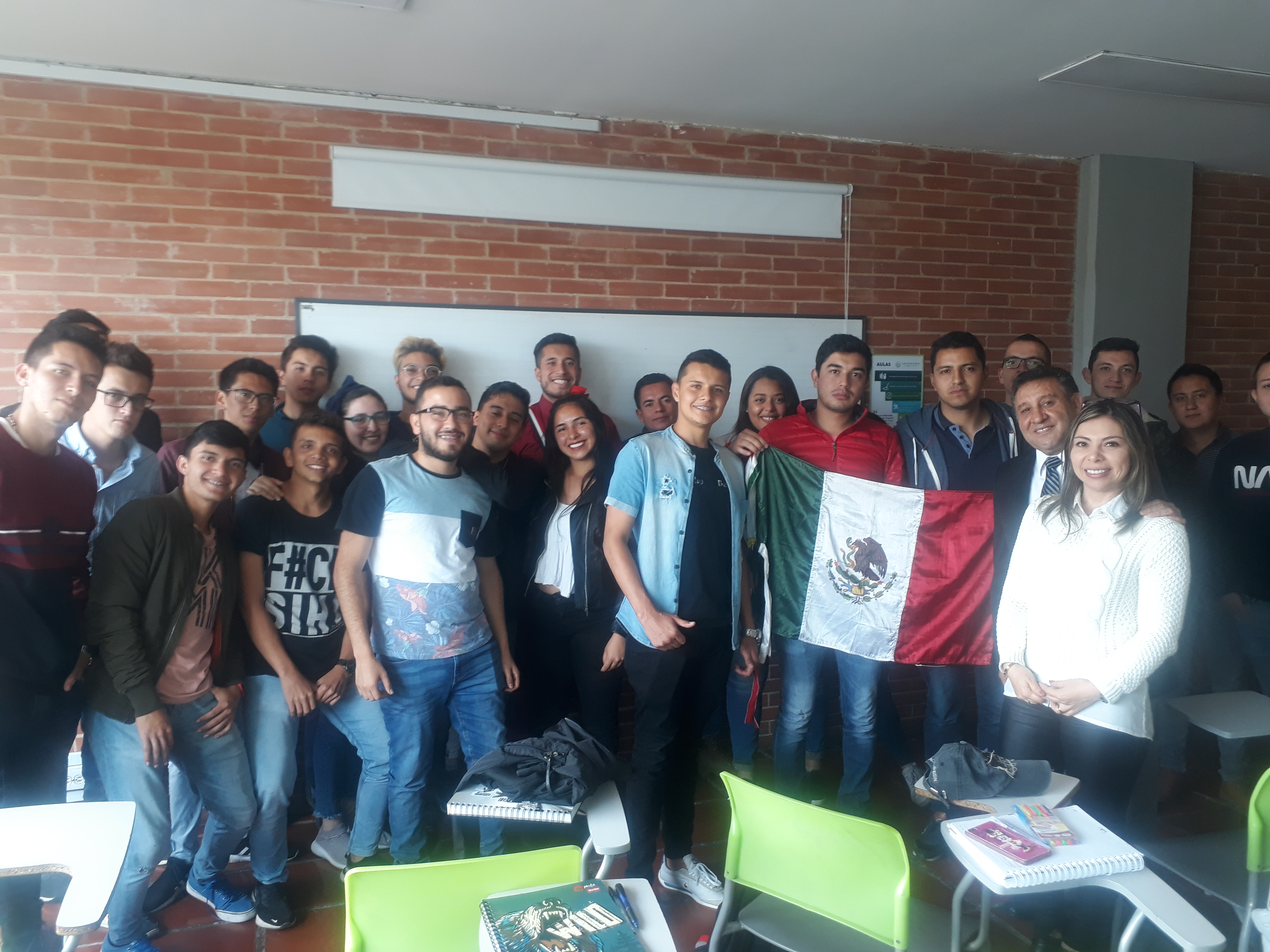 Visita de experto Mexicano a la ORI y a los programas de Ingeniería Civil y Administración Financiera y de Sistemas
